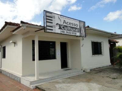 Escola de música e produtora acesso cultural