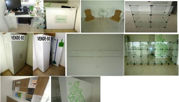 Vende-se móveis para loja