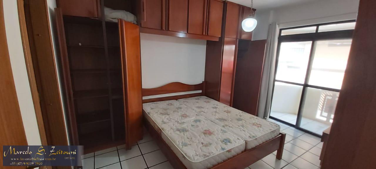 Apartamento com 2 Dormitórios para alugar, 79 m² por R$ 300,00