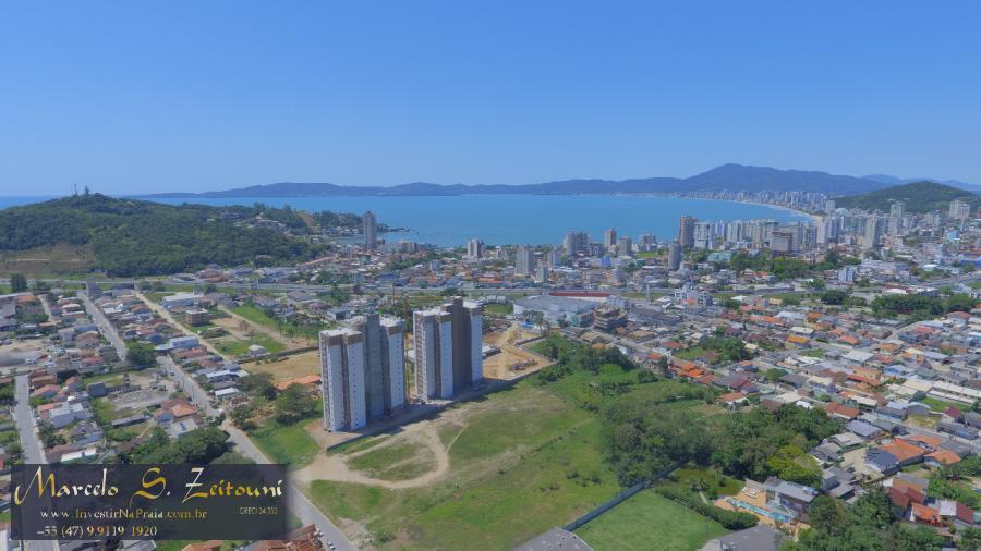 Apartamento com 2 Dormitórios à venda, 60 m² por R$ 269.000,00