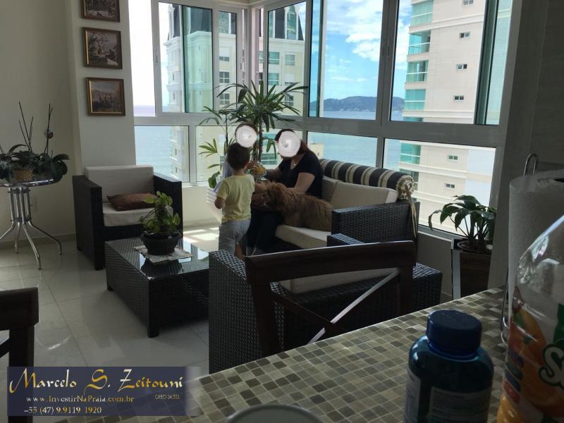 Apartamento com 4 Dormitórios à venda, 342 m² por R$ 1.400.000,00