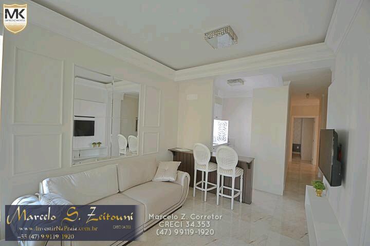 Apartamento com 2 Dormitórios à venda, 125 m² por R$ 550.000,00