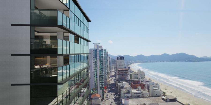 Apartamento com 4 Dormitórios à venda, 210 m² por R$ 1.770.000,00