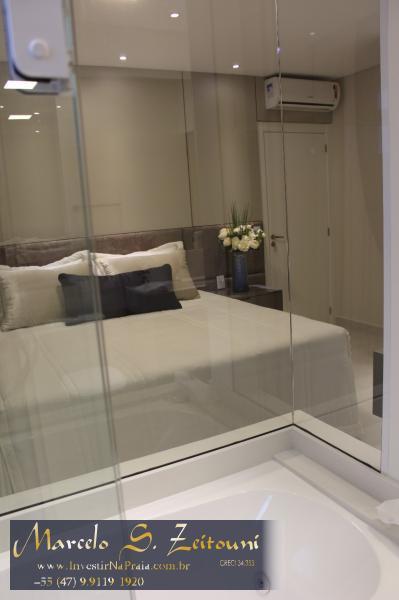 Apartamento com 4 Dormitórios à venda, 210 m² por R$ 1.599.597,00