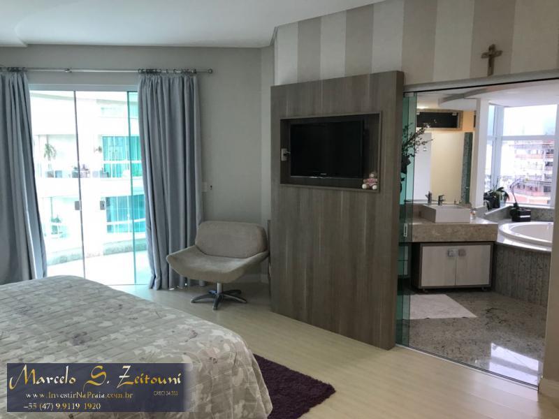 Apartamento com 5 Dormitórios à venda, 400 m² por R$ 2.700.000,00