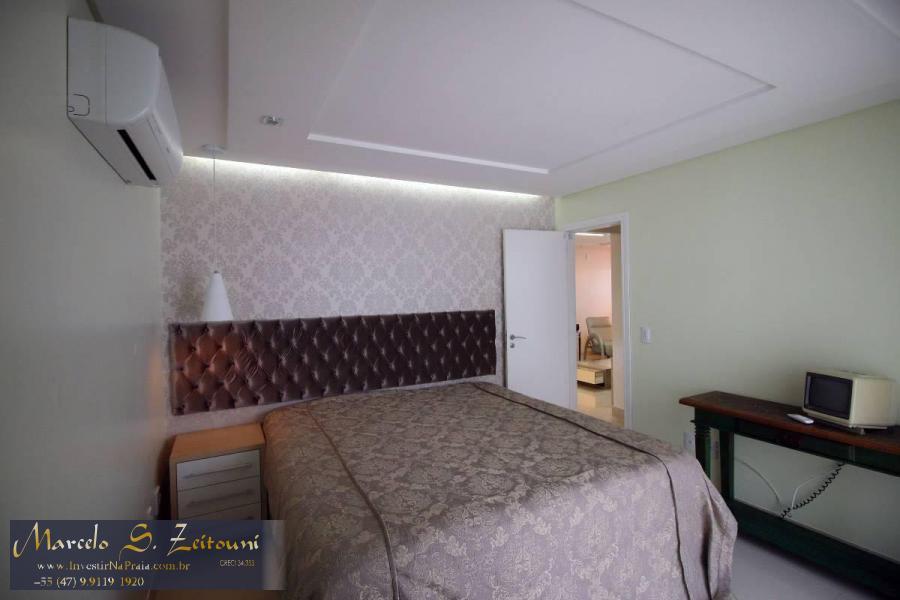 Apartamento com 3 Dormitórios à venda, 160 m² por R$ 1.250.000,00