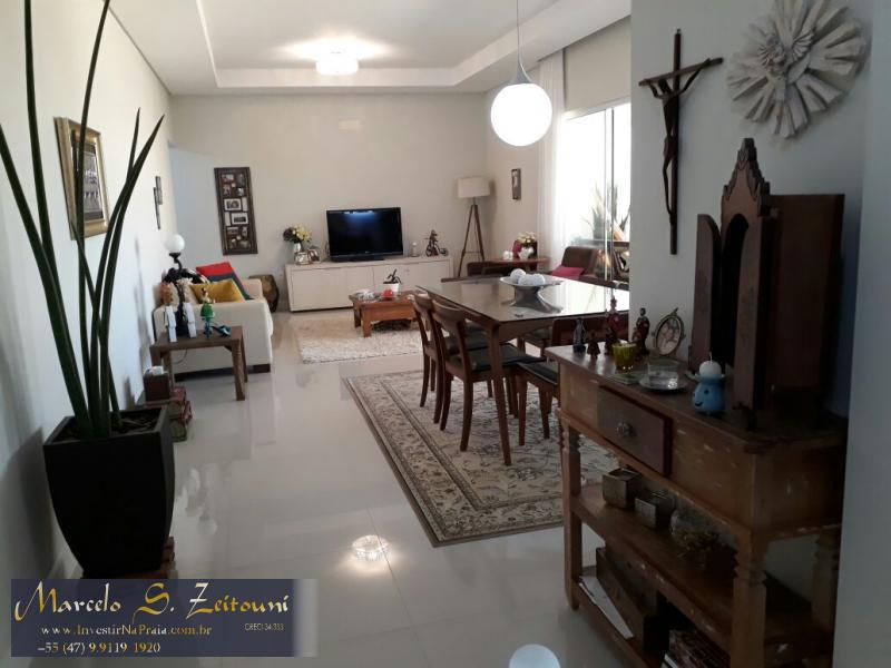 Apartamento com 4 Dormitórios à venda, 191 m² por R$ 1.450.000,00