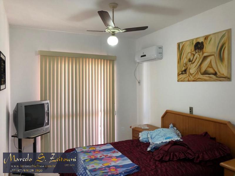 Apartamento com 3 Dormitórios à venda, 130 m² por R$ 650.000,00