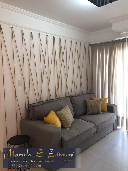 Apartamento com 2 Dormitórios à venda, 105 m² por R$ 522.000,00