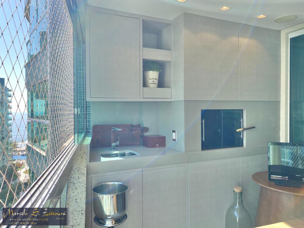 Apartamento com 5 Dormitórios à venda, 331 m² por R$ 3.500.000,00