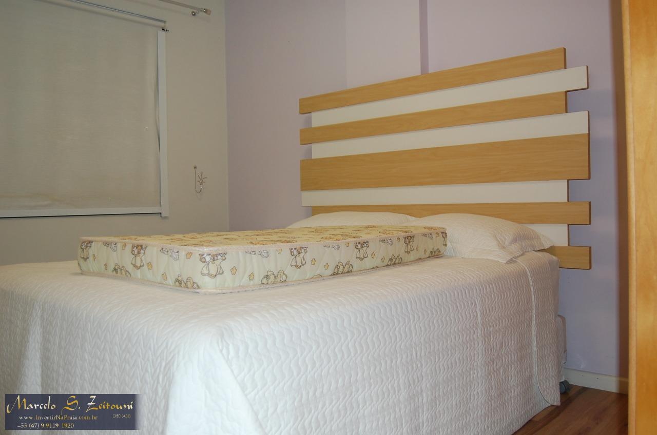Apartamento com 3 Dormitórios à venda, 90 m² por R$ 480.000,00