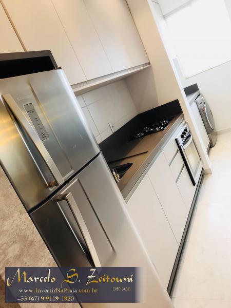 Apartamento com 2 Dormitórios à venda, 68 m² por R$ 455.000,00