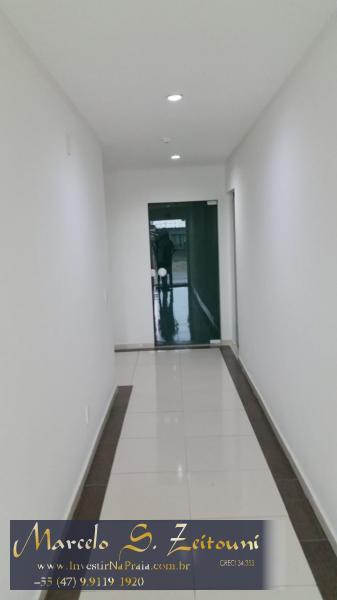 Apartamento com 3 Dormitórios à venda, 115 m² por R$ 380.000,00