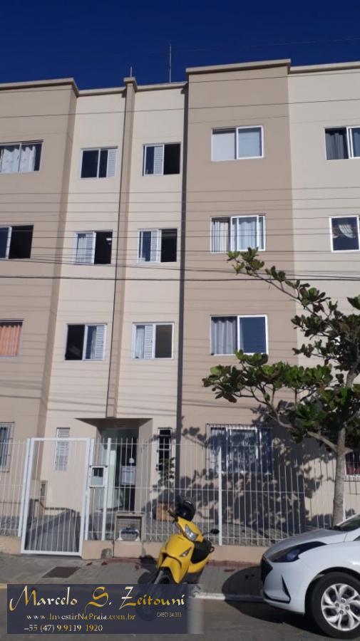 Apartamento com 2 Dormitórios à venda, 77 m² por R$ 230.000,00